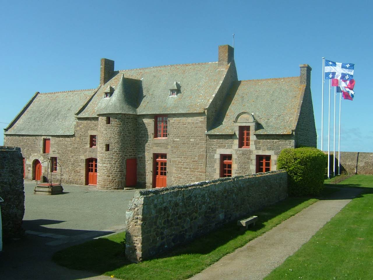 view of Jacques Cartier Manor House